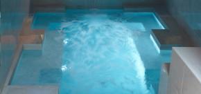 piscine spa cour des loges