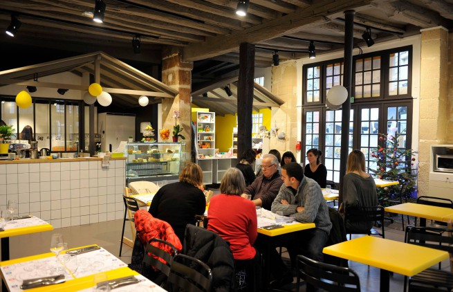 cafe happy families paris