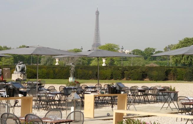 Restaurant le saut du loup paris c t du louvre for Restaurant au jardin paris