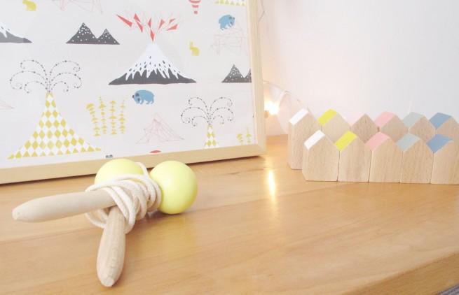 corde à sauter en bois petit souk