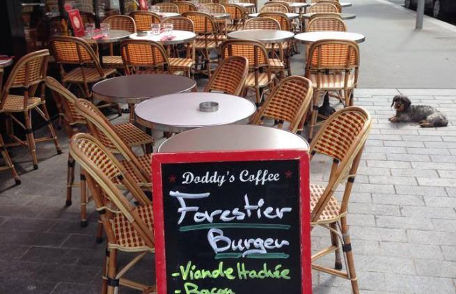 terrasse du doddys coffee à boulogne
