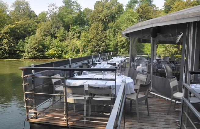 belle terrasse du restaurant river cafe